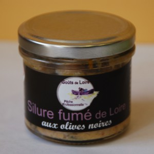 Silure-fume-olive-noire.jpg
